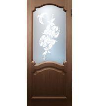 фото: Дверь Диана, шпон орех, стекло матовое рис.Колибри